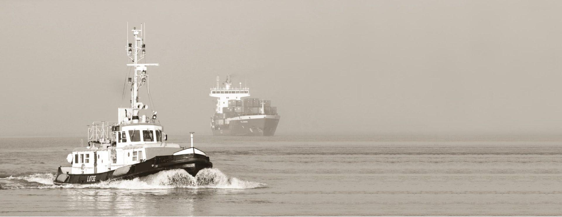 Cargo-Schiffe auf dem Meer